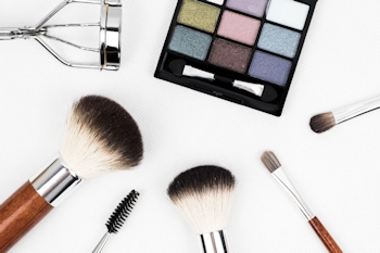 Where to buy makeup online with free shipping